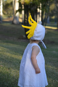 yellow and white cockatoo bonnet