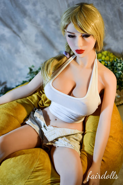 4ft7' (140cm) G-Cup Young Sex Doll - Emely (6YE Doll)