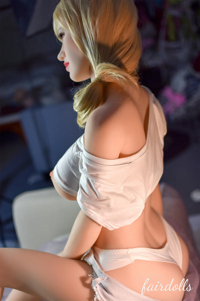 5ft3' (160cm) E-Cup Mature Lady Sex Doll - Holly (6YE Doll)