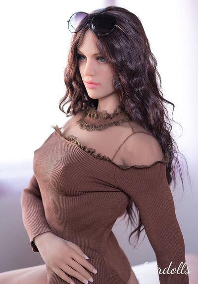 "5'4"" (163cm) B-Cup Hot Athletic Sex Dolls - Samara (6YE Doll)"