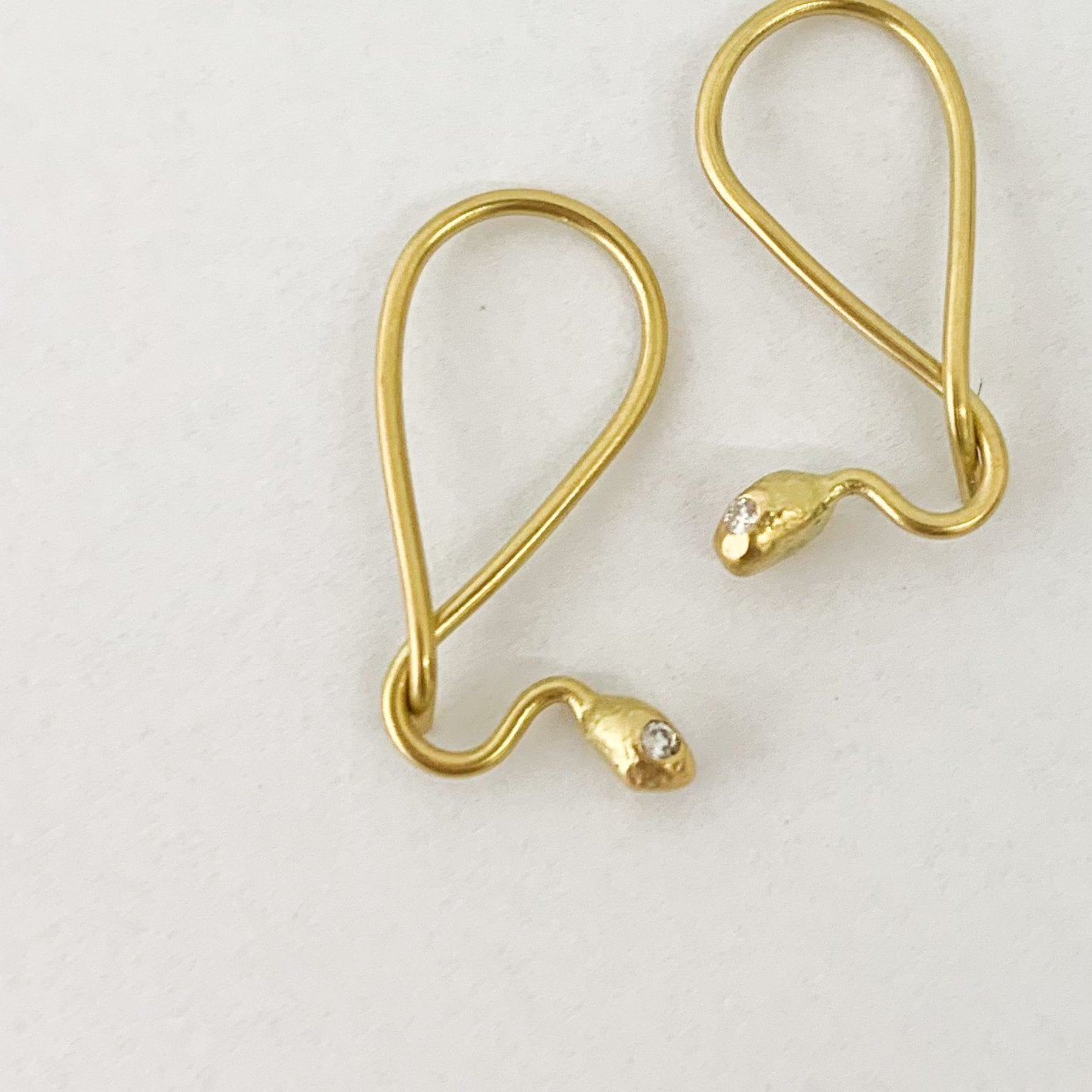 Black Barc Hebi Twisted Earrings with Diamond - tortoise general store