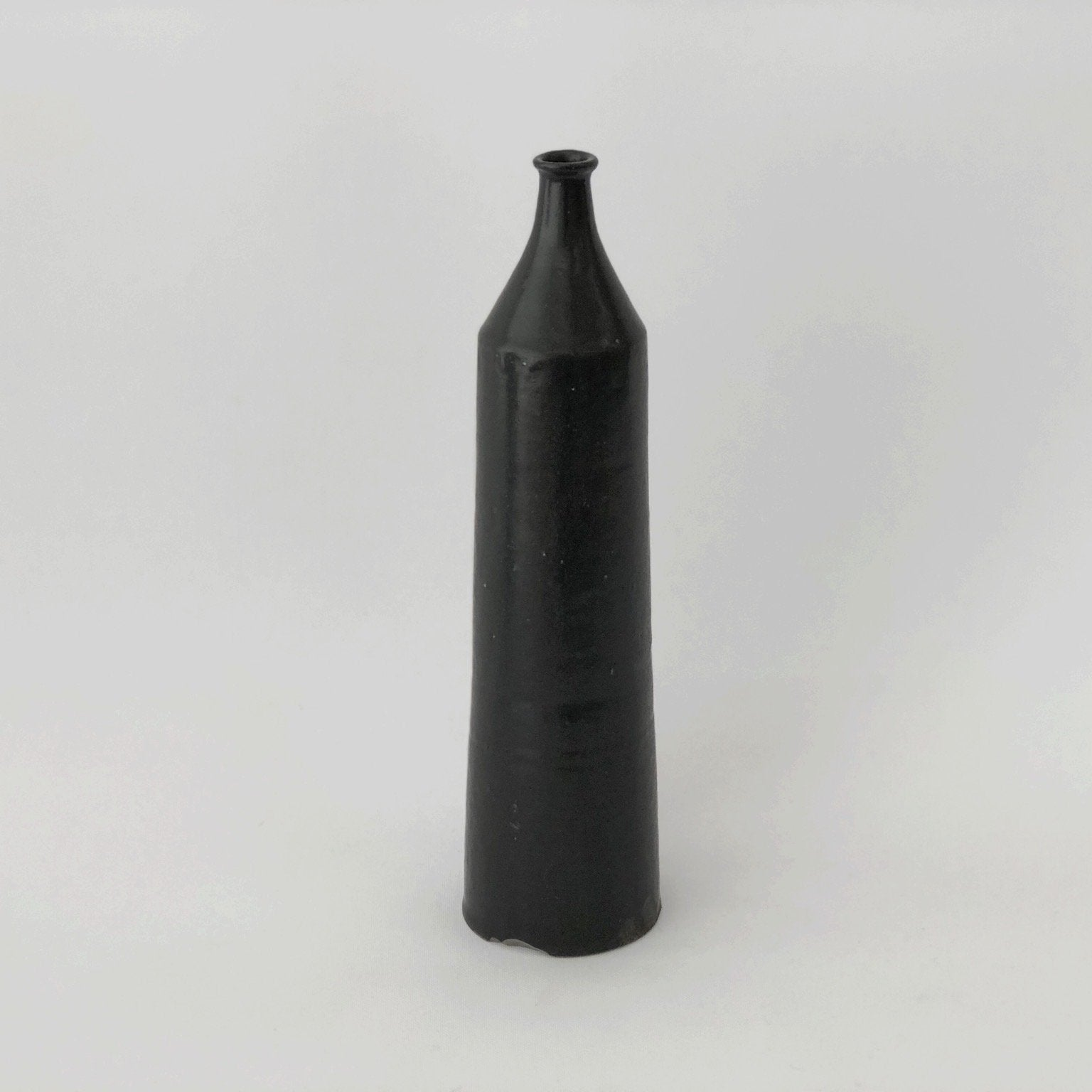 Tall Black Ceramic Vase by Naotsugu Yoshida - tortoise general store
