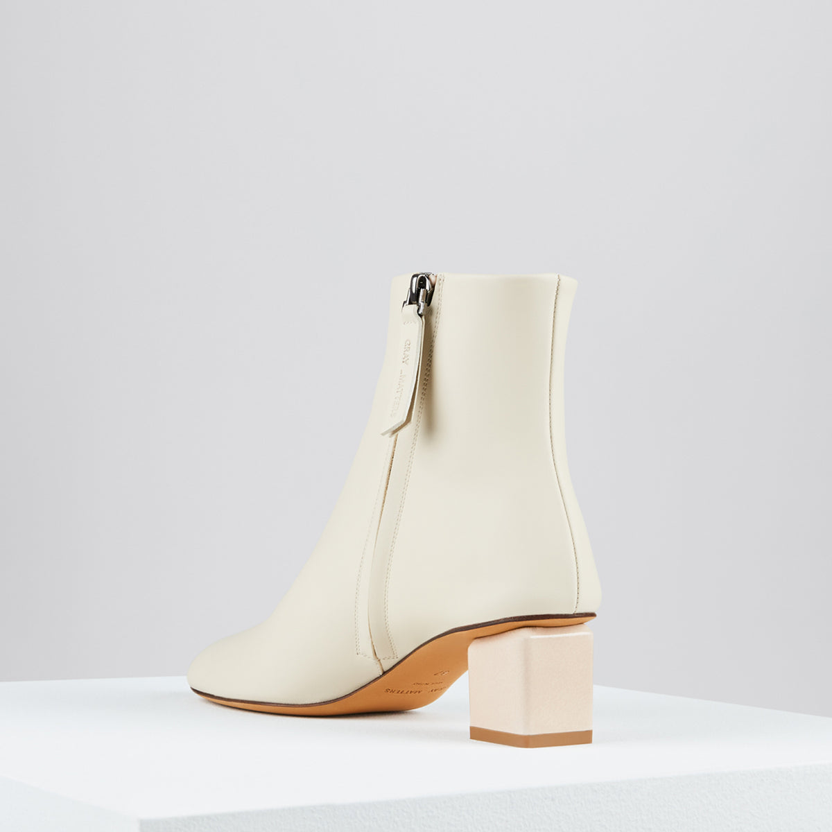 Mildred Boots Cemento Vernice