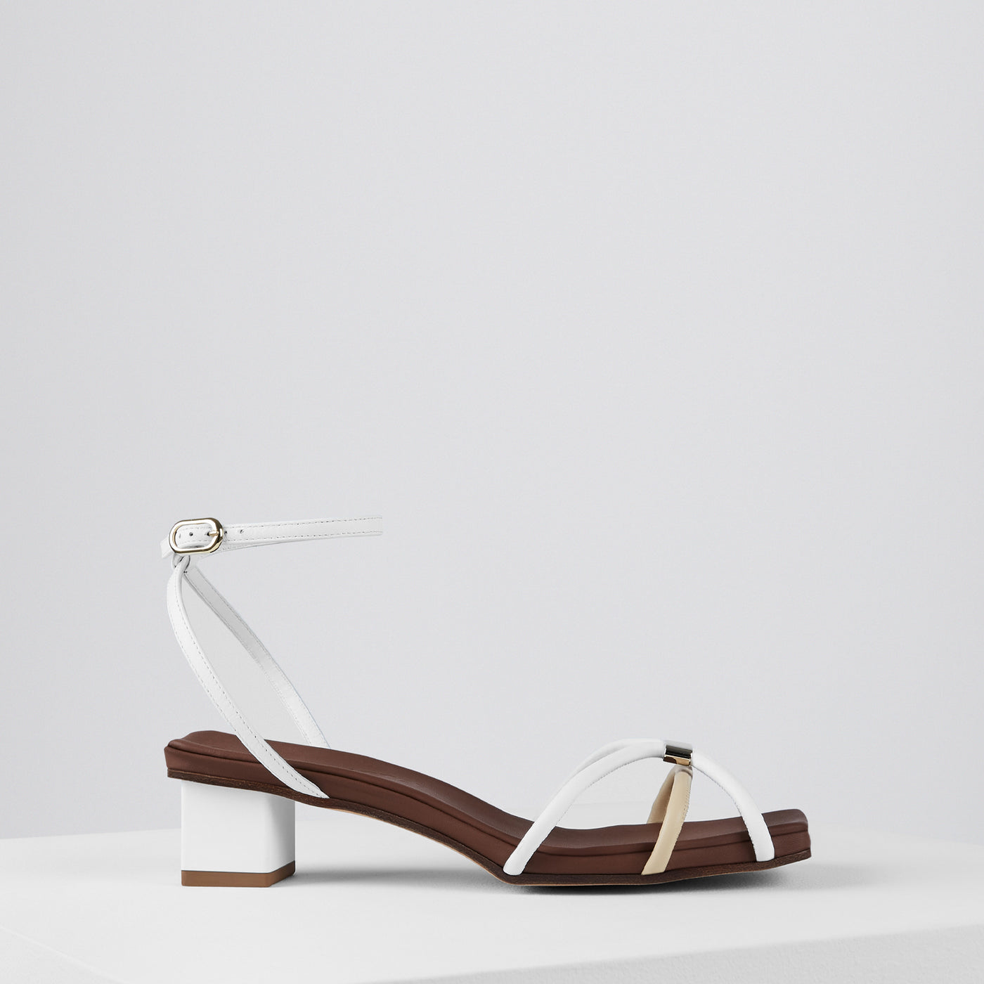 Load image into Gallery viewer, Roxie Sandals Bianco