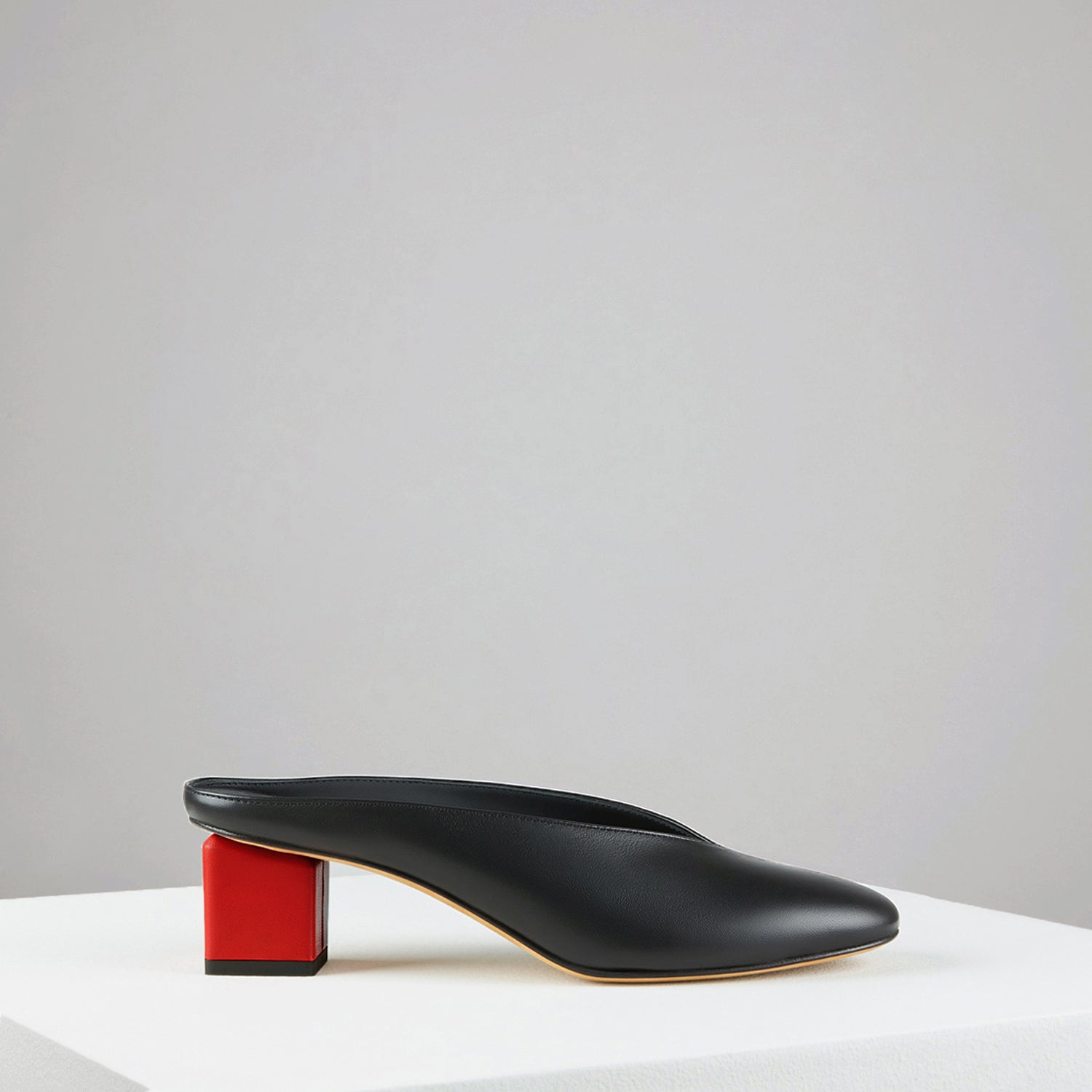 Mildred Mules Noir-Rouge