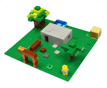 "Load image into Gallery viewer, BreoLife Baseplates (4 pieces of 10"" x 10""), Works with Major Brick Building Sets, Wonderful Plate for Kids (Green)"