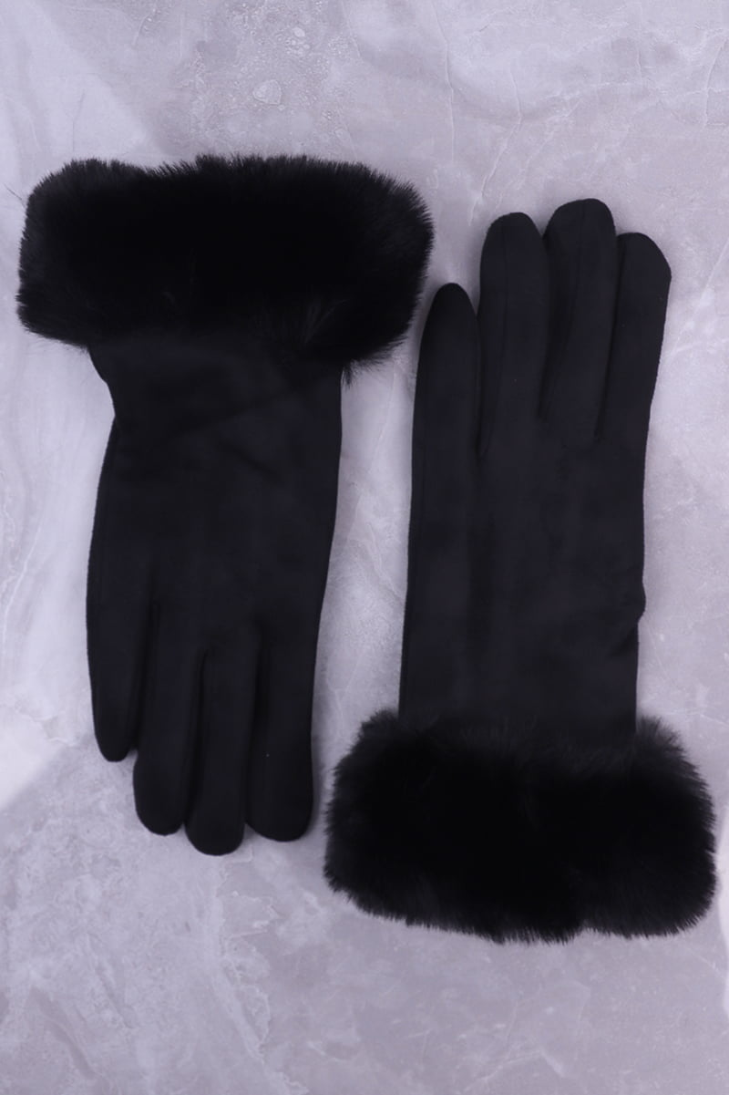 Black warm gloves