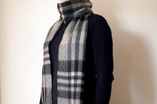 Load image into Gallery viewer, Classic Woolen Scarf
