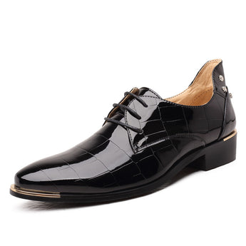 Pointed Patent Leather Oxford Shoes