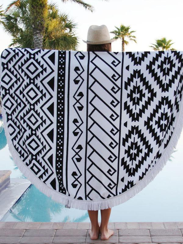 Beautiful Black and White Bohemia Round Shawl Beach Mat