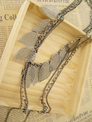 Bohemia Leaves Decorated Necklace Accessories