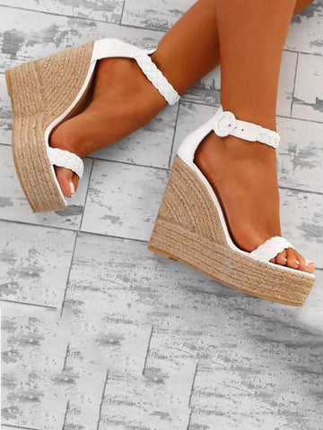 Statement Bowknot Flat Sandals