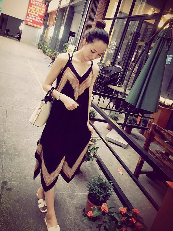 Attractive Black Bohemia Spaghetti Straps Deep V Neck Backless Beach Midi Dress