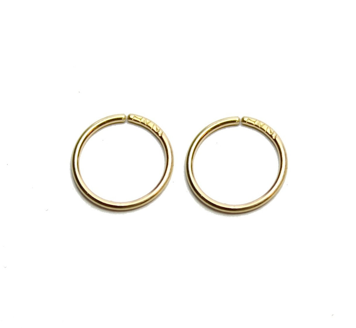 Plain Twist Hoops