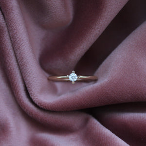Big Pointy Ring White Diamond