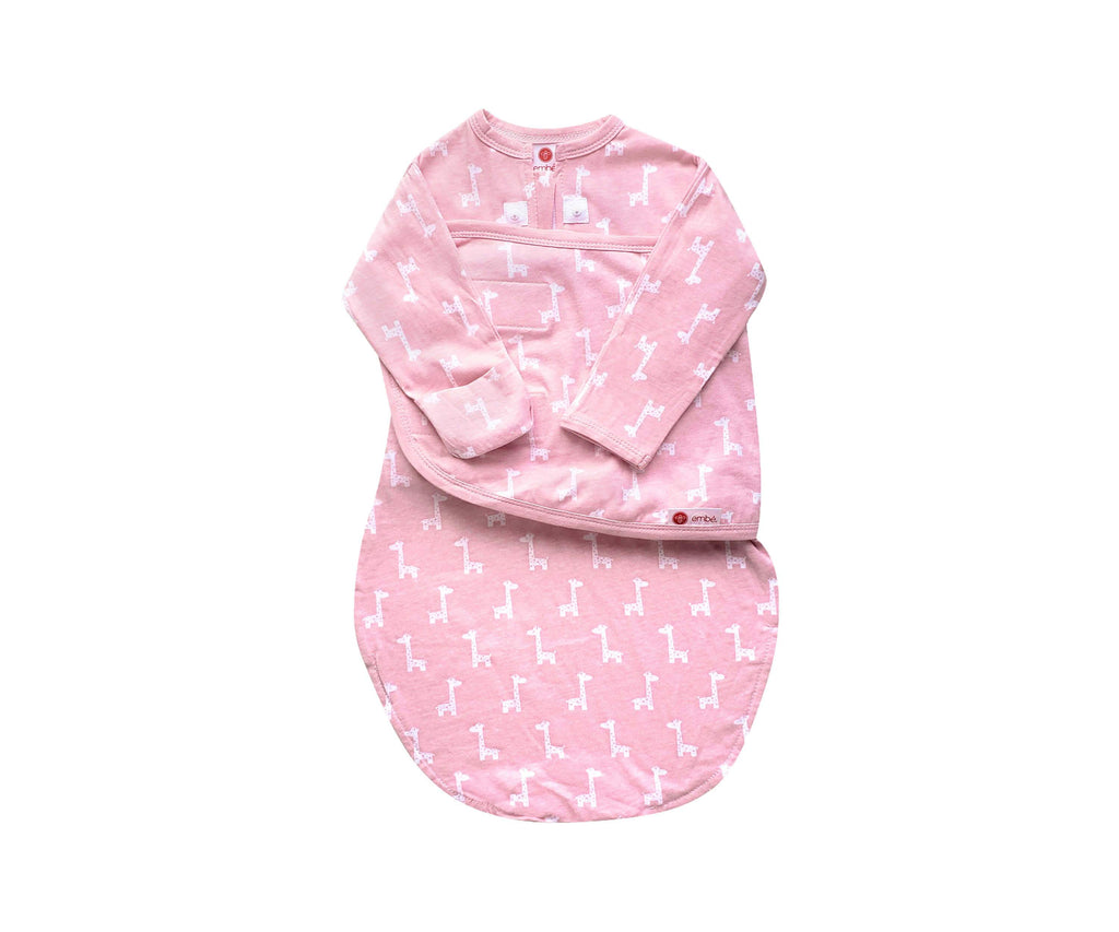 Starter Swaddle with Long Sleeves | Pink Giraffes - 100%