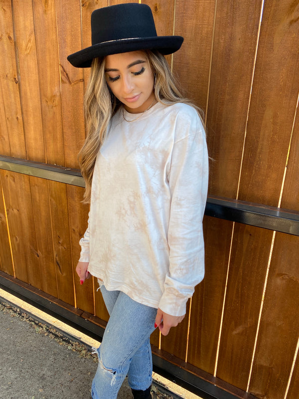 Tie-Dyed Longsleeve in taupe