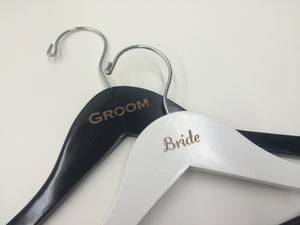 Bride & Groom Couple's Hanger Set