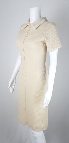 Vintage 1960's Cream and White Bow Detail Shift Dress