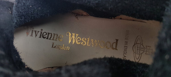 Replica Iconic Vivienne Westwood Pirate Boots in Black & Tan.