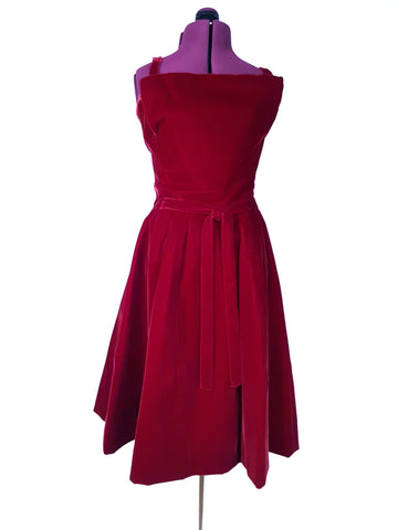 Vintage 1950's | Suzy Perette Dress | New Look Dark Red Velvet Strapless | Couture Cocktail Dress