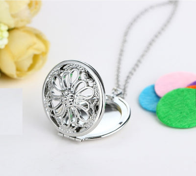 Flower Essential Oil Locket Necklace Diffuser