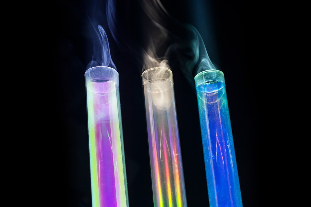 Z/UNAVAILABLE - Holographic light-painting tubes - All of them! (9 tubes) + pouch
