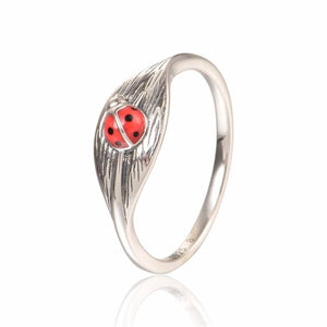 Ancient Style Animal Pattern Solid Silver Ring for Women