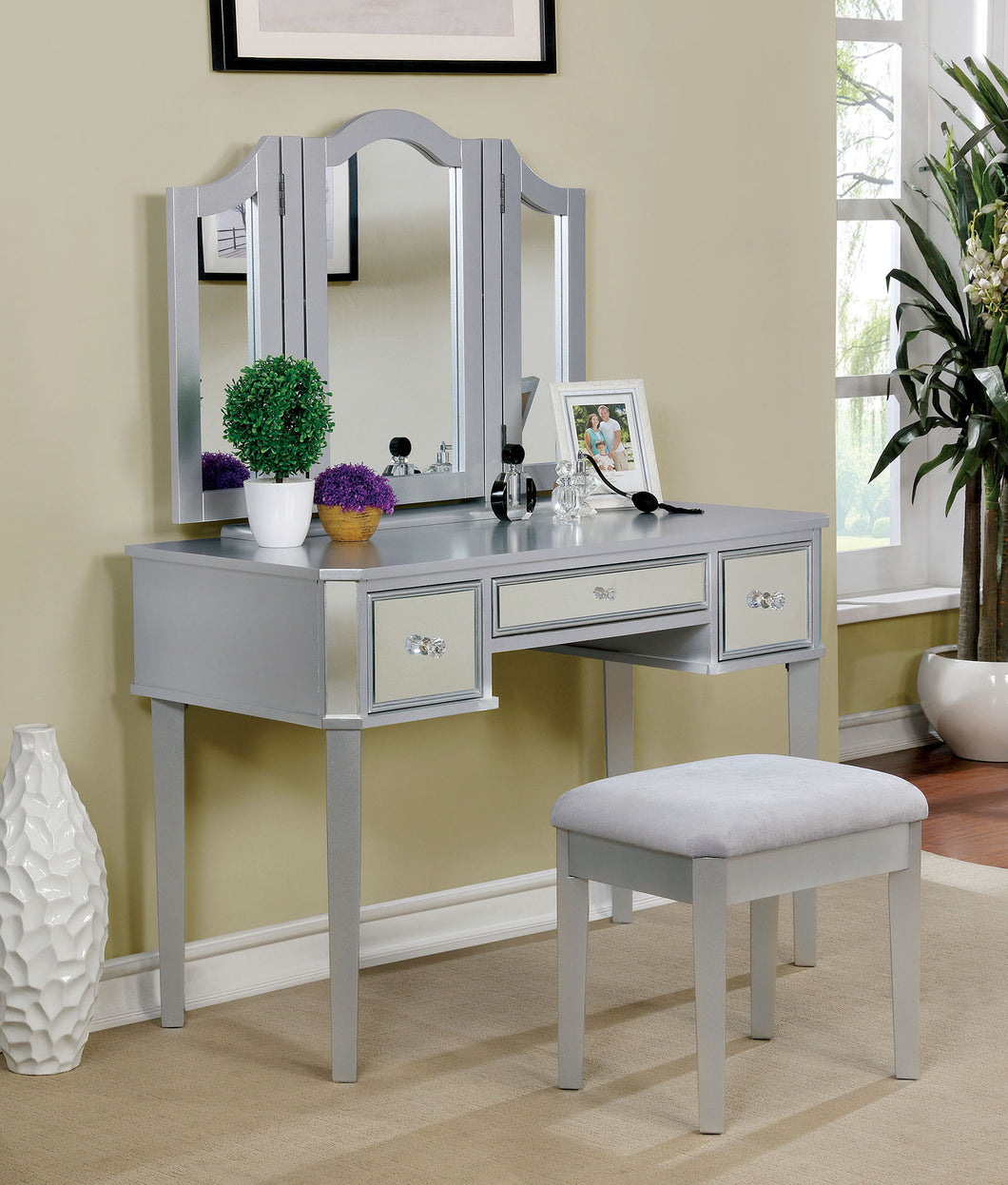 CM-DK6148SV Vanity Set - Clarisse Silver Contemporary Vanity Table with Stool