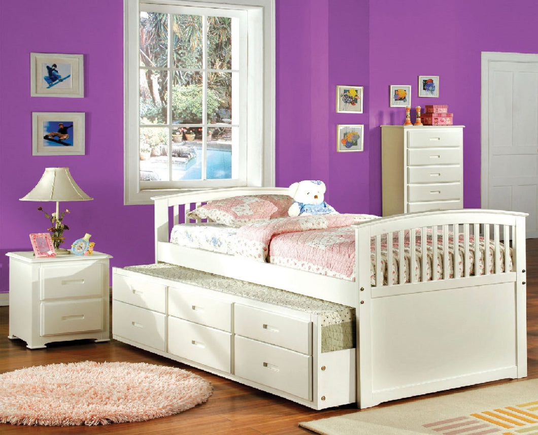 CM7035WH-F - Bella Full Trundle Bed with 3 Drawers