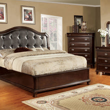 CM7065 - Arden Queen Bed