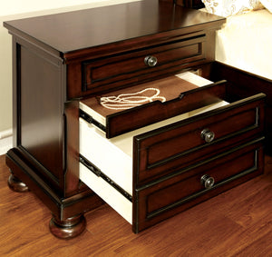 CM7683 NorthvilleII Queen Bed