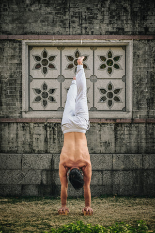 Training Handstand Practice with Erthe Life's Bamboo Handstand blocks