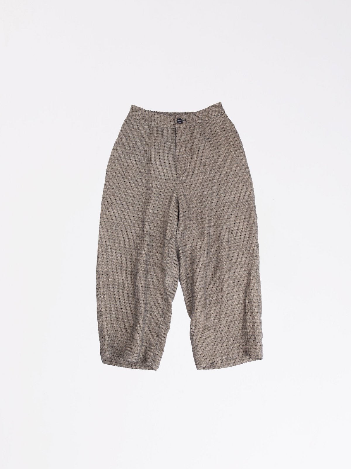Arts & Science back yoke gather Trousers