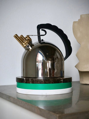 Alessi Kettle 9091 with Flute by Richard Sapper