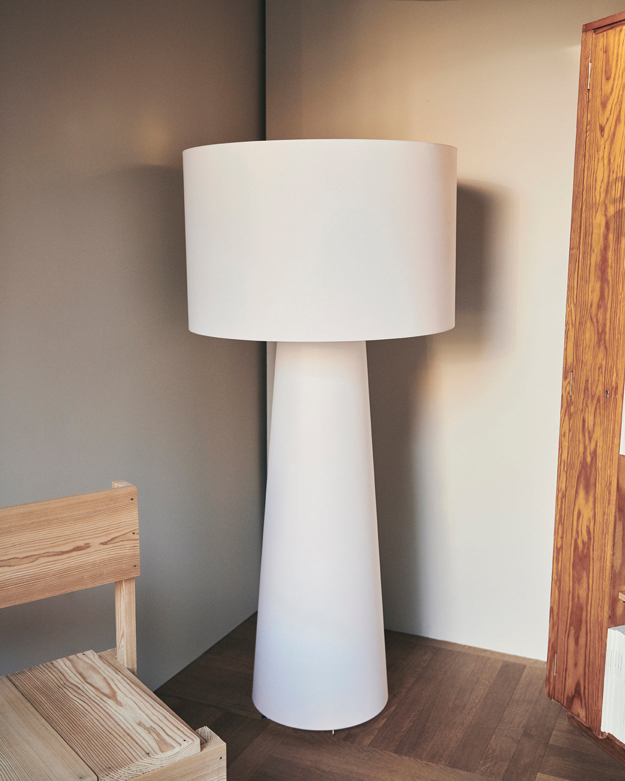 Cappellini Big Shadow floorlamp