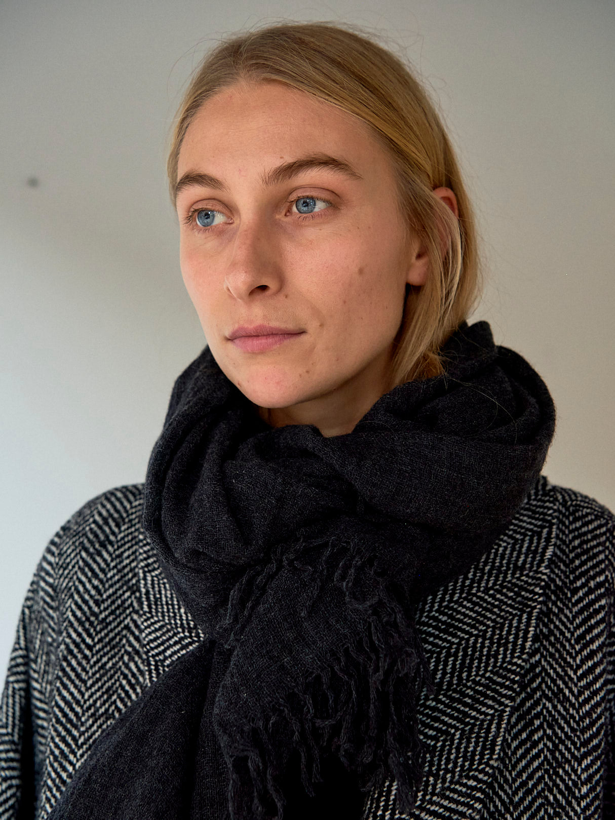 ee12 Cashmere Scarf