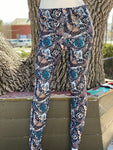 Butterfly Camo Leggings with Pockets