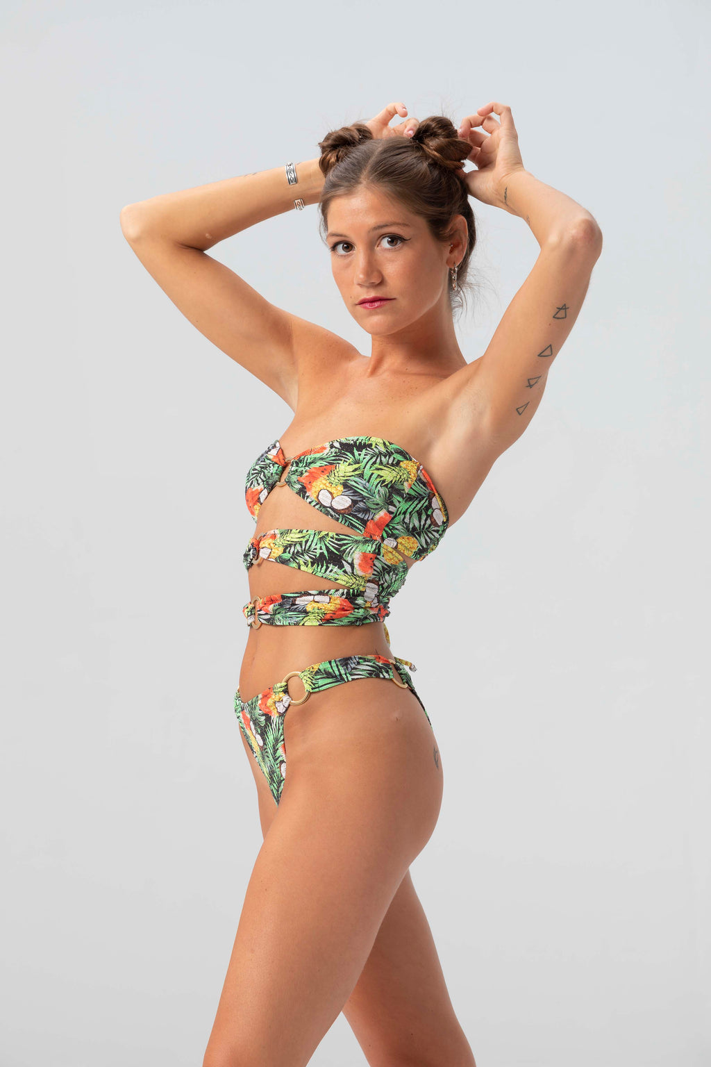 trikini tropical