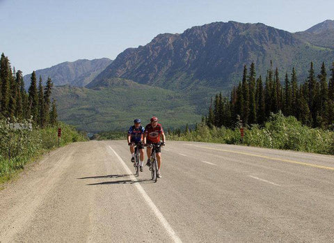 Cycling the Klondike Highway between Skagway and Whitehorse