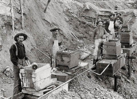Old fashioned gold mining technique