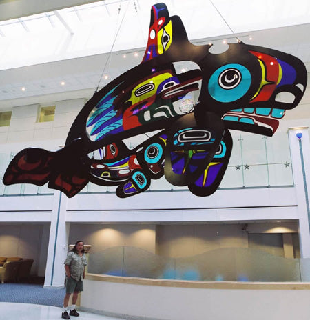 Marvin Oliver sharing his art at Children's Hospital in Seattle, Washington