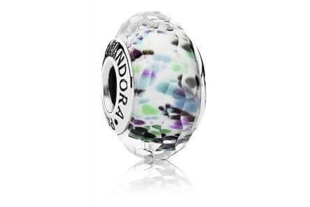 Pandora northern lights charm
