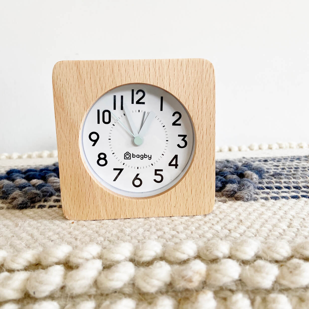 Bagby Silent Alarm-Clock Farmhouse