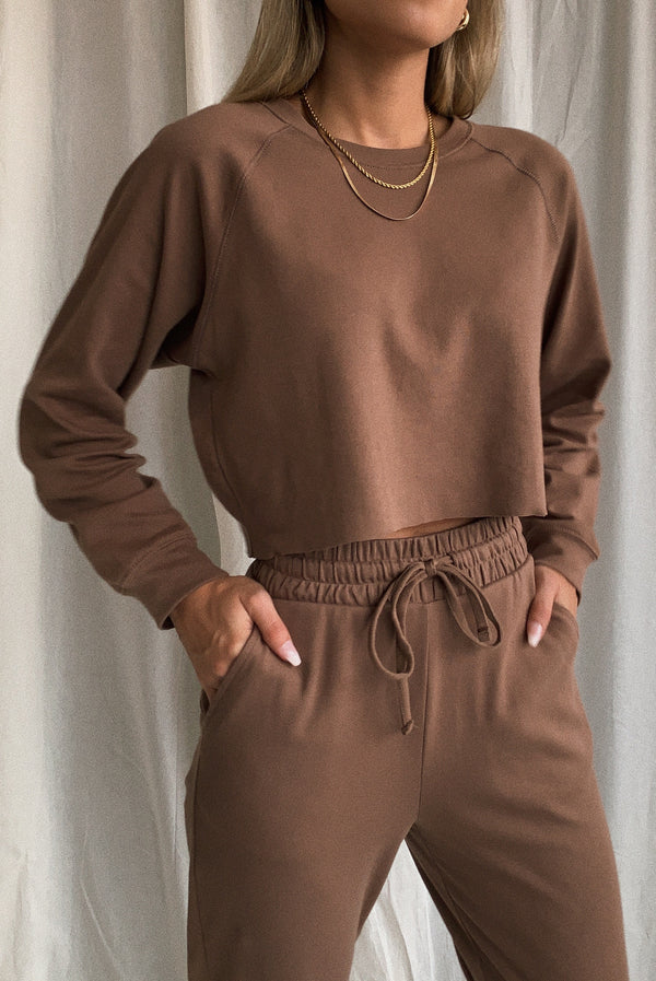 Morning Dusk Crop Sweatshirt Mocha