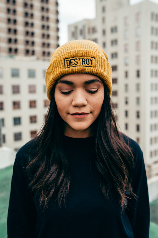 Embroidered Signature Box Logo Beanie