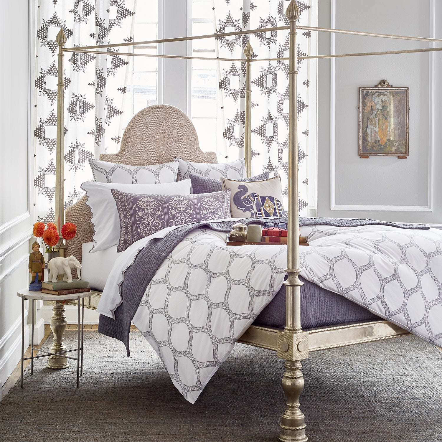 Sananda Bed Collection