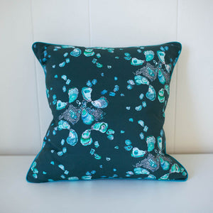Oyster Pillow in Deep Teal