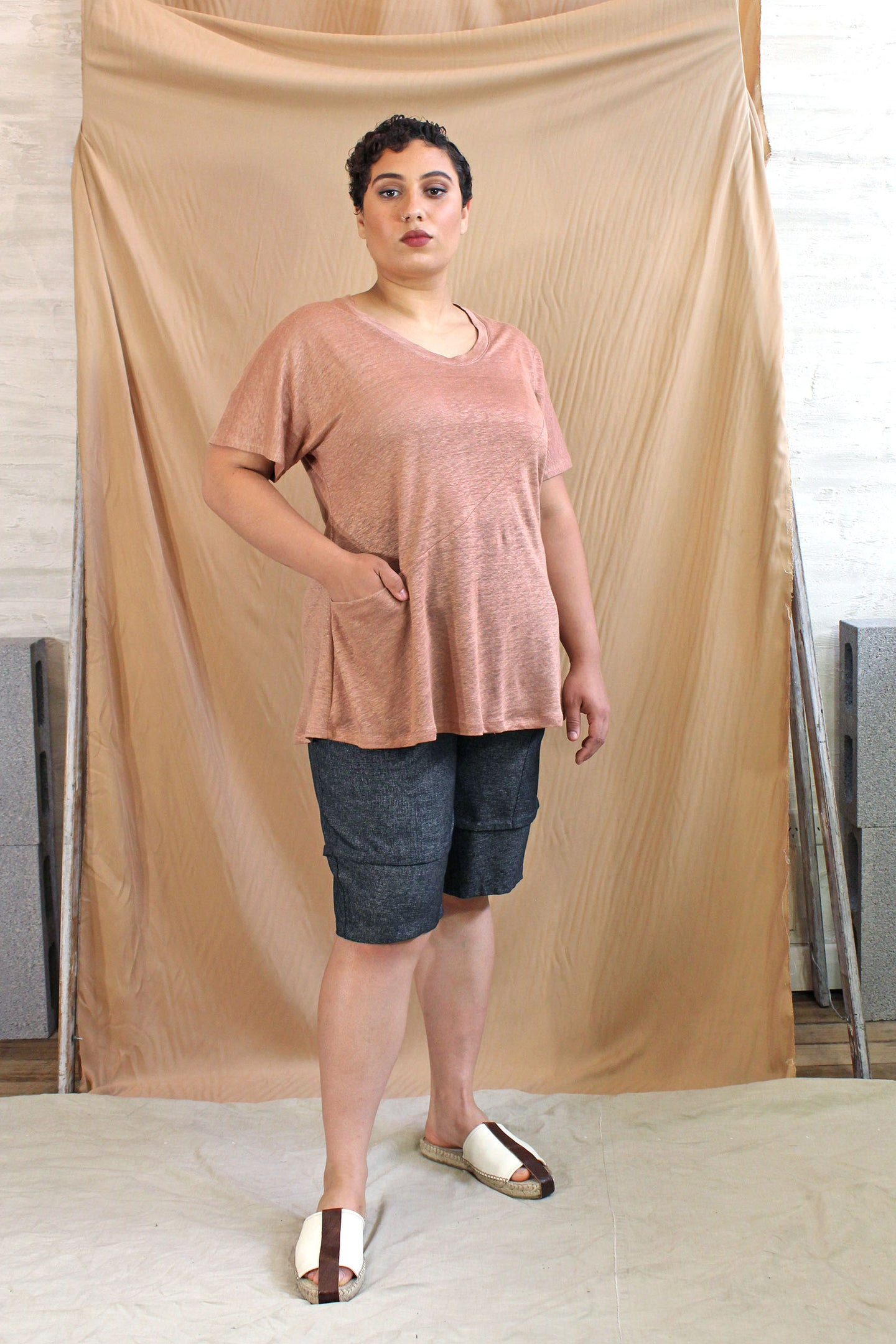 Italian Linen Knit Flared Pocket Top