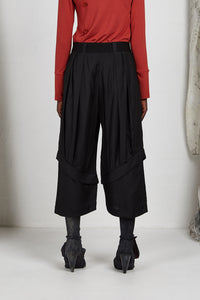Unisex wide leg tailored ankle length pant in Italian viscose